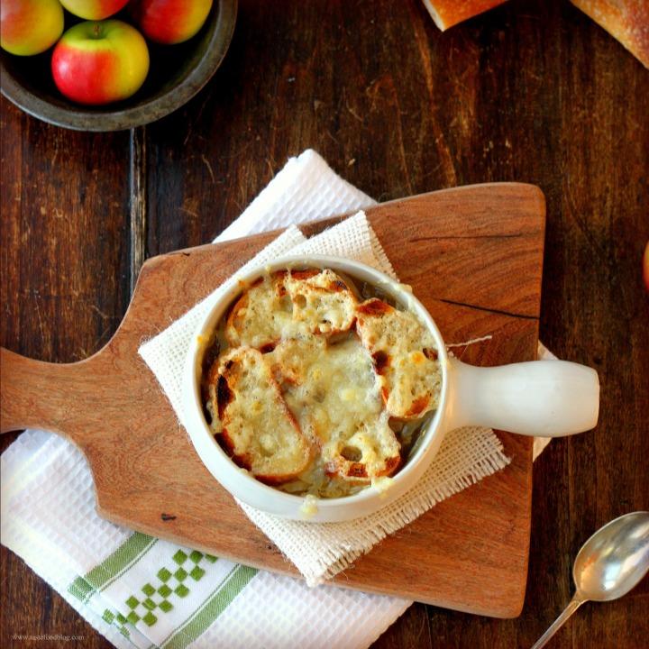 Feeding the Soul: French Onion Soup auGratin
