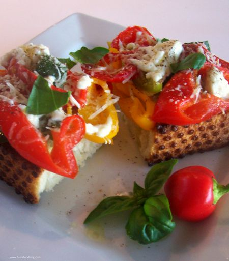 Sweet Pepper Bruschetta with Mozzarella