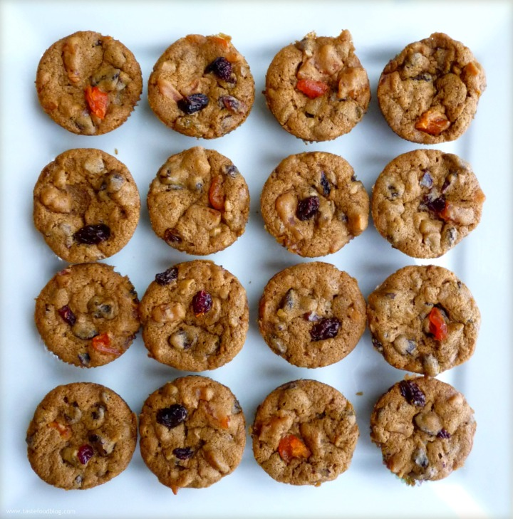 Mini-Dried Fruit and Nut Cakes