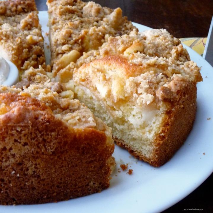 Ginger Pear StreuselCake
