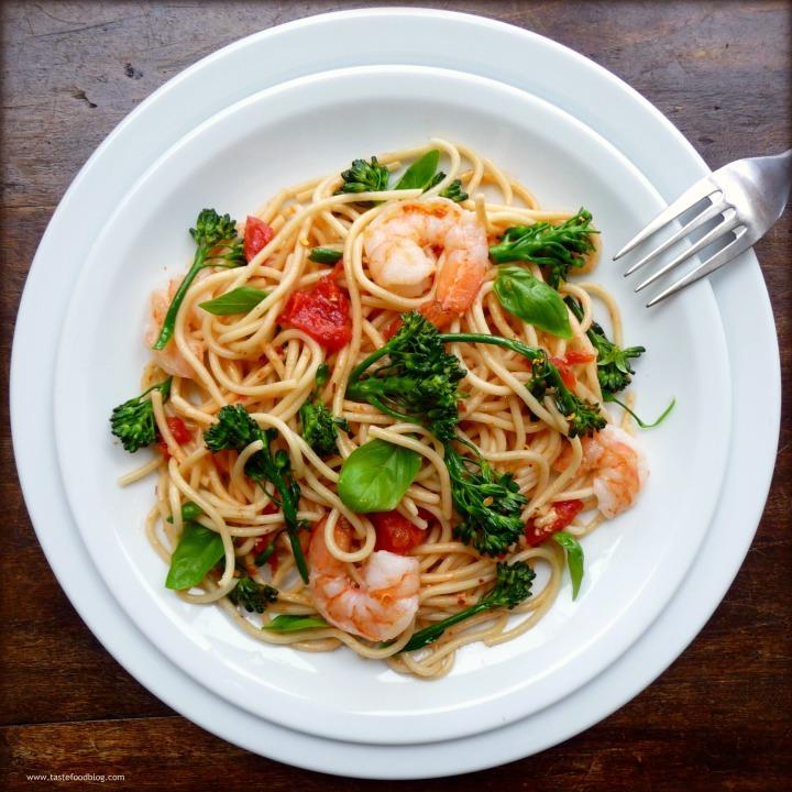 Spaghetti with Shrimp, Broccolini andBasil