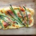 Asparagus Prosciutto Pizza