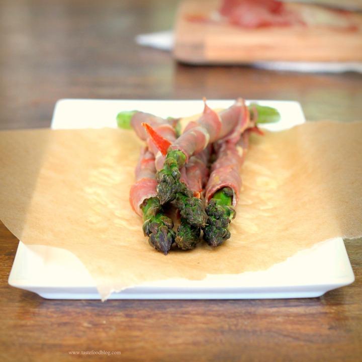 Roasted Asparagus and ProsciuttoSpears