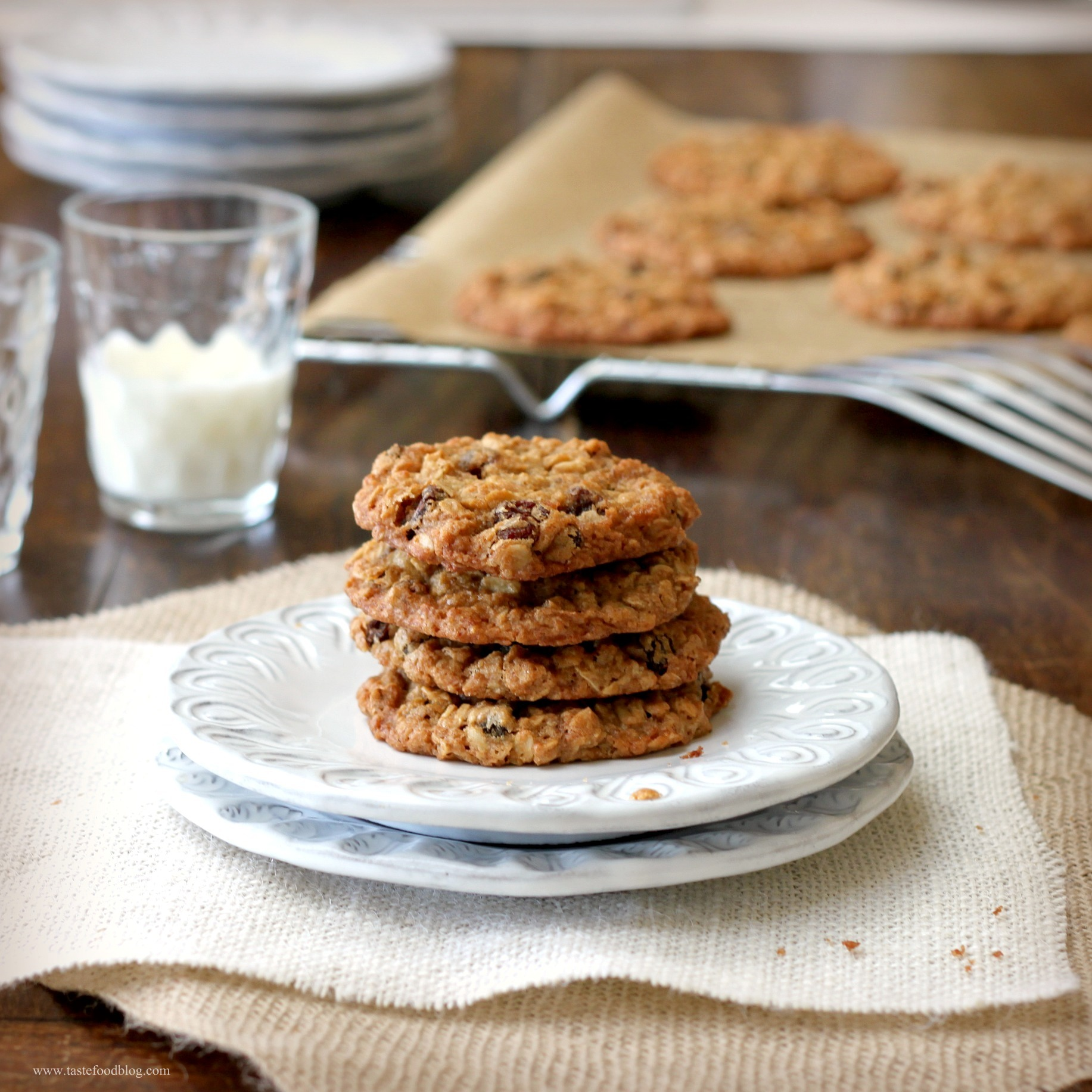 oatmeal raisin cookies recipe scoop large portions chai spiced oatmeal ...