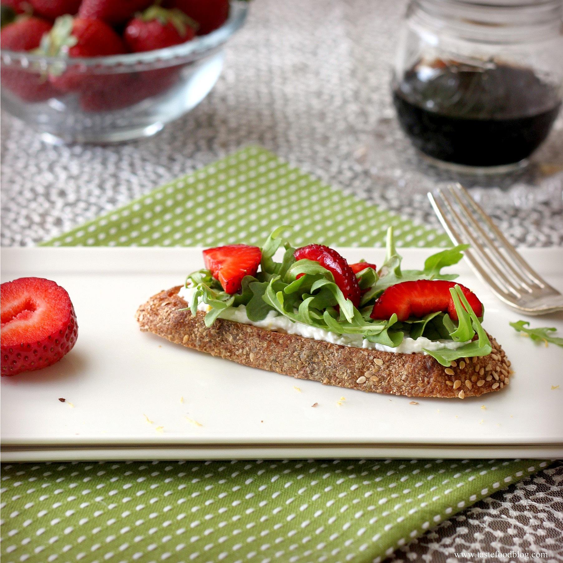 Strawberry Ricotta Bruschetta with Lemon and Arugula ...