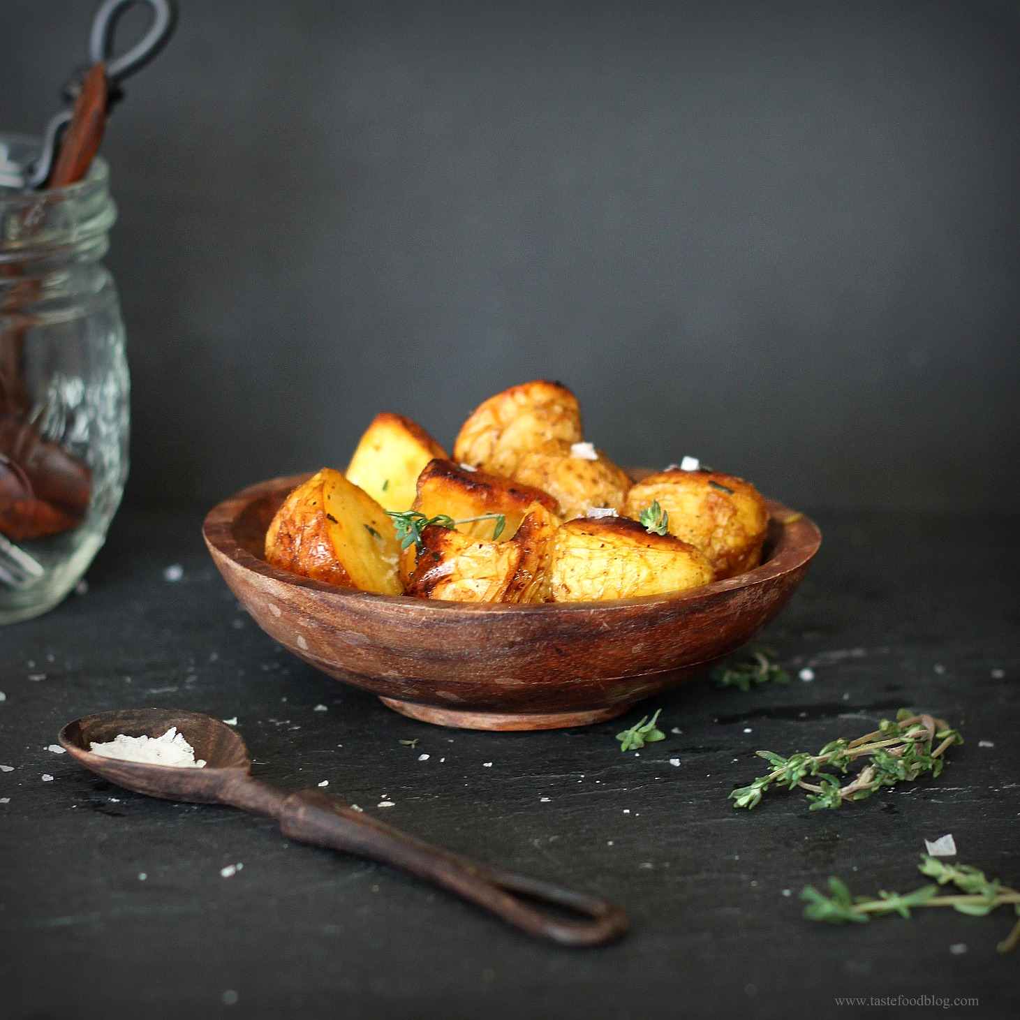 Roasted potatoes with sea salt and thyme tastefood roasted potatoes with sea salt and thyme ccuart Image collections