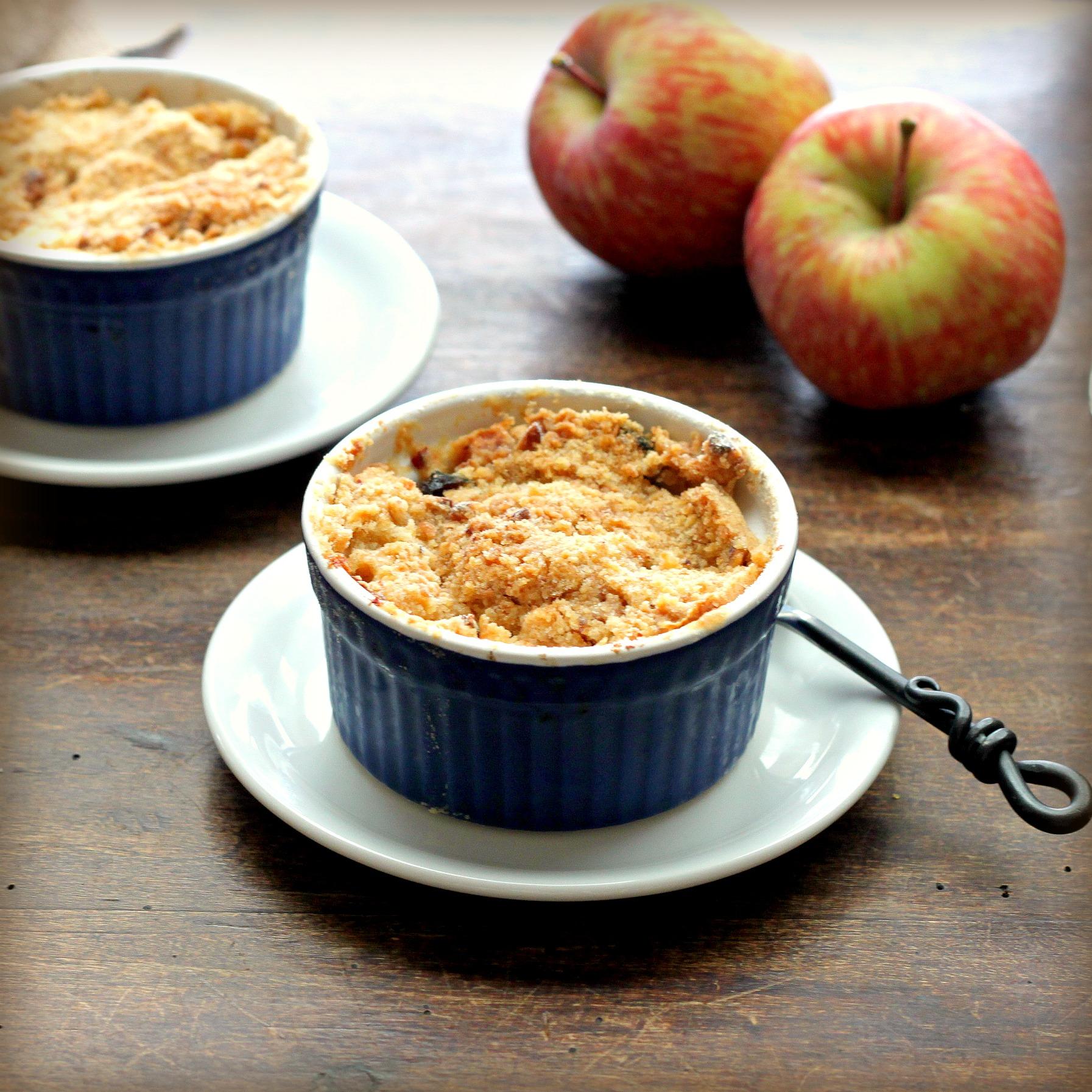 Apple Crisp Recipe Made With Yellow Cake Mix