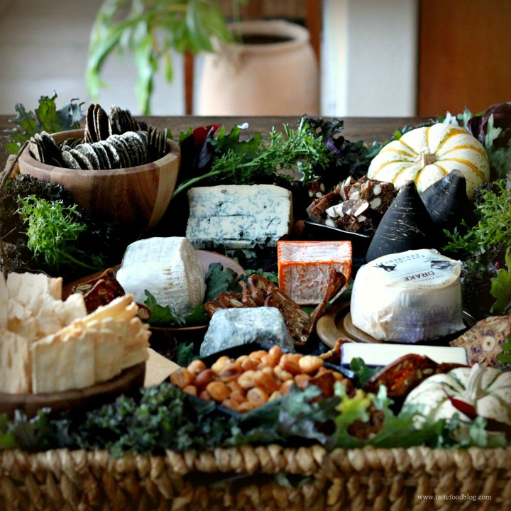 Tips and Treats for a Holiday Cheese Basket