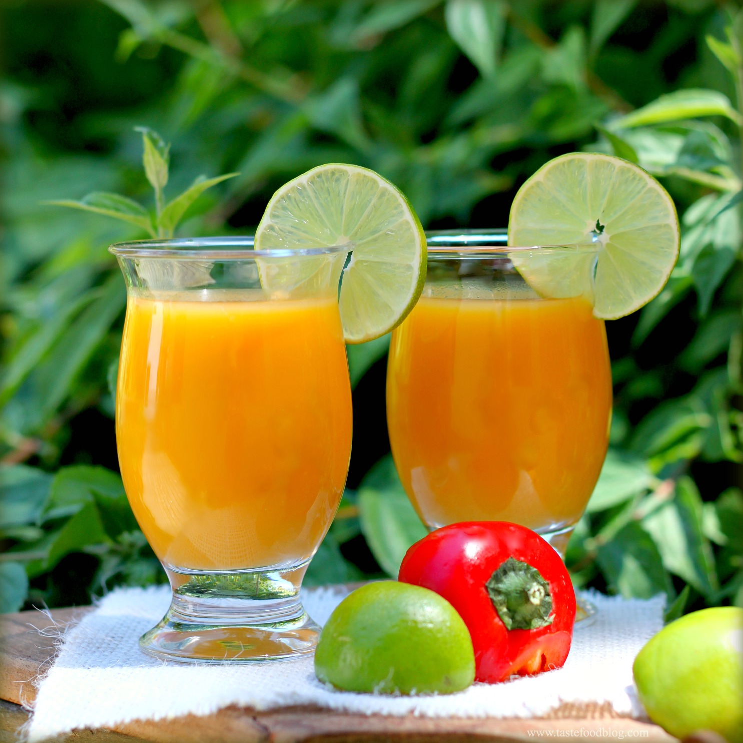 Mango Smoothie with Chili, Lime and Ginger
