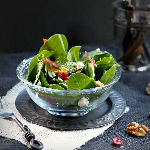 Autumn Salads: Spinach with Goat Cheese, Cranberries, Walnuts and Crispy Prosciutto