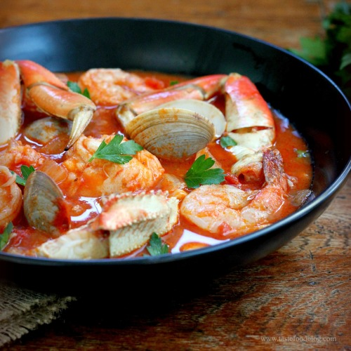 Shellfish stew with red wine and fennel tastefood for Red fish taste