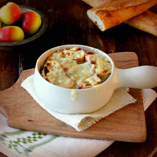 More Bowl-Food: French Onion Soup au Gratin ~