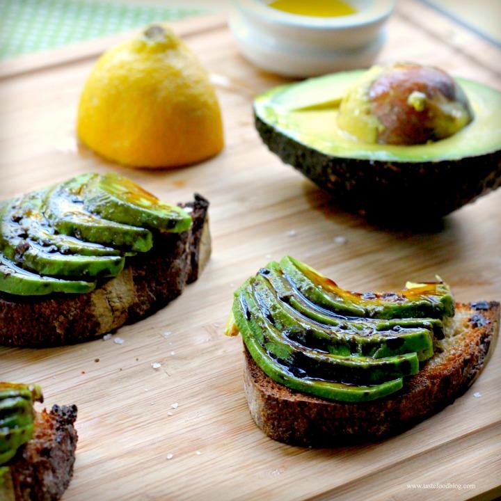 avocado bruschetta tastefood