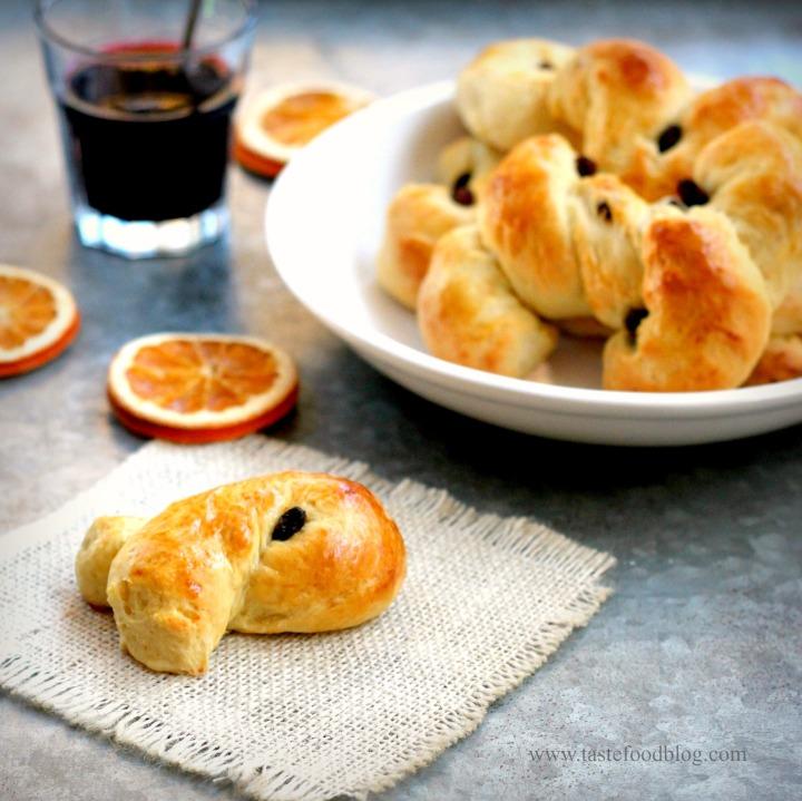 Saffron Bread tastefood