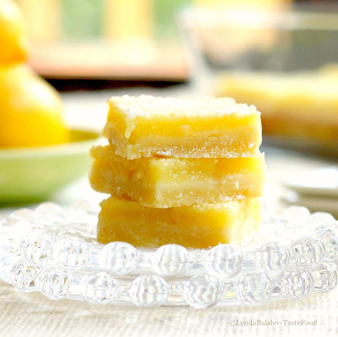 Baking favorites lemon shortbread bars tastefood for Food52 lemon bar