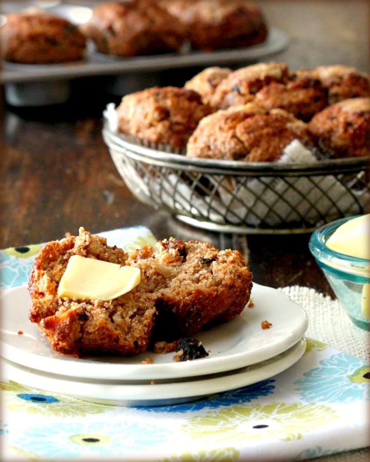 Healthy Apple Oat Muffines
