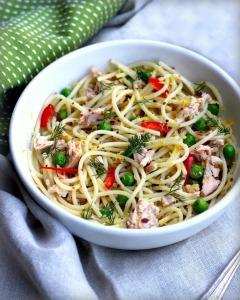 Spaghetti with Tuna and Peas